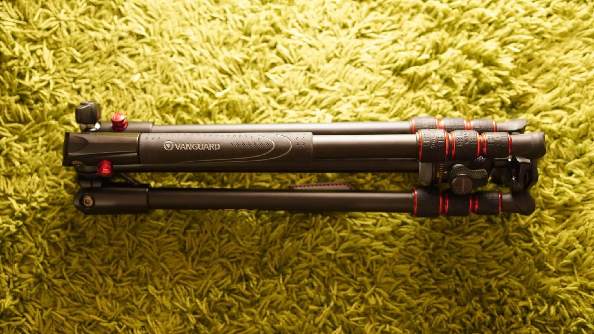 1万円で買える軽量コンパクトのおすすめカメラ三脚はこれだ!